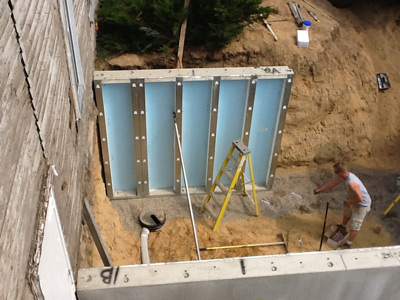 Structural insulated panels ray core building systems sips for Superior foundation walls