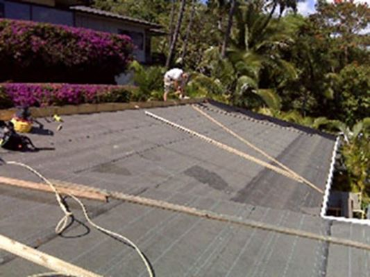 roof-foam-insulation-panels-hawaii-sips-raycore-coulson.jpg