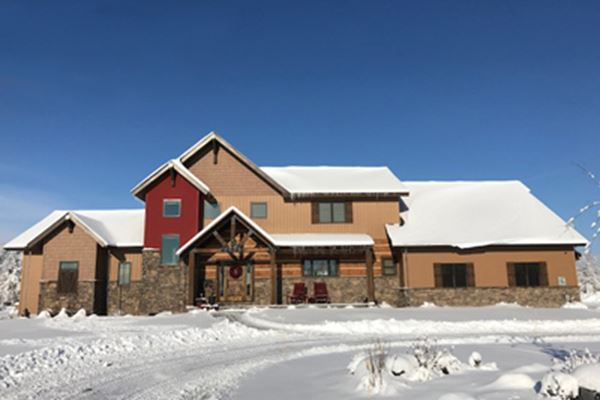 Idaho Home Designed Around Insulated Wall & Roof Panels