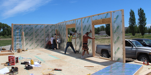 RAYCORE Insulated Wall Panel Installation | RAY-CORE SIPs ™